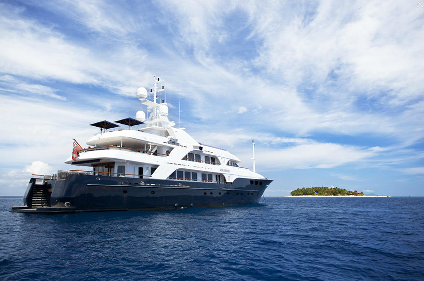 Luxury-charter-yacht-Noble-House-Fiji-and-South-Pacific-Charters